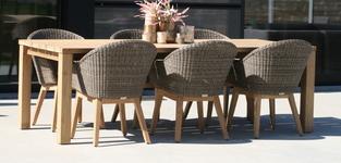 Emma tafel 240 + 6 Garda stoelen