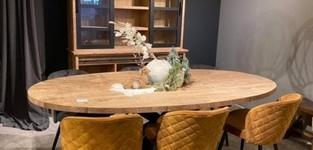 Scarlett oval tafel